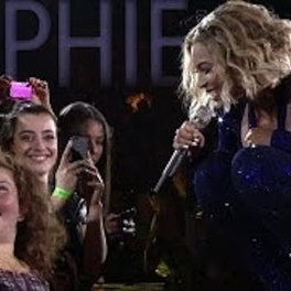 MCSWT: Beyoncé Sings to a Special Fan in Perth